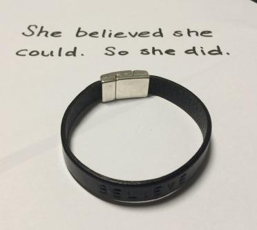 Armbandet är beställt från Attestål design. Finns på Instagram som attestal_design