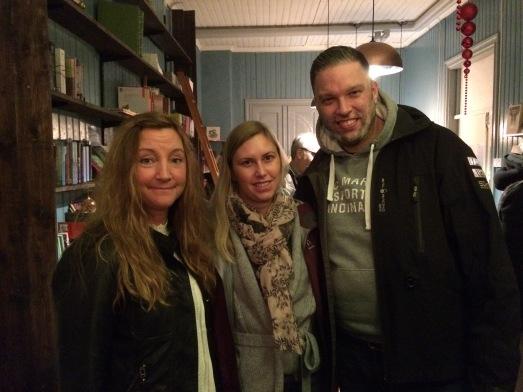 Jag, Åsa och Anders. Önskar jag haft bilder på alla fina besökare!